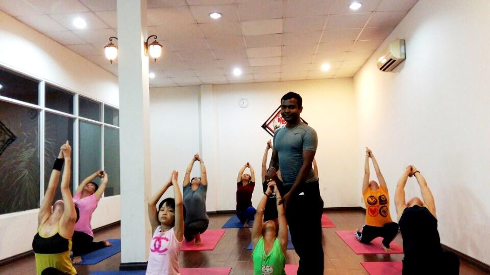 10 loi ich cua yoga tai the oasis hinh 04