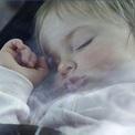 12 sai lầm phòng ngủ gây nguy hiểm sức khỏe của trẻ